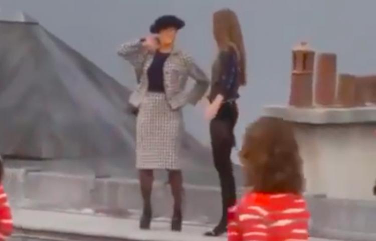 Gigi Hadid echa de pasarela a desconocida en plena pasarela de Chanel