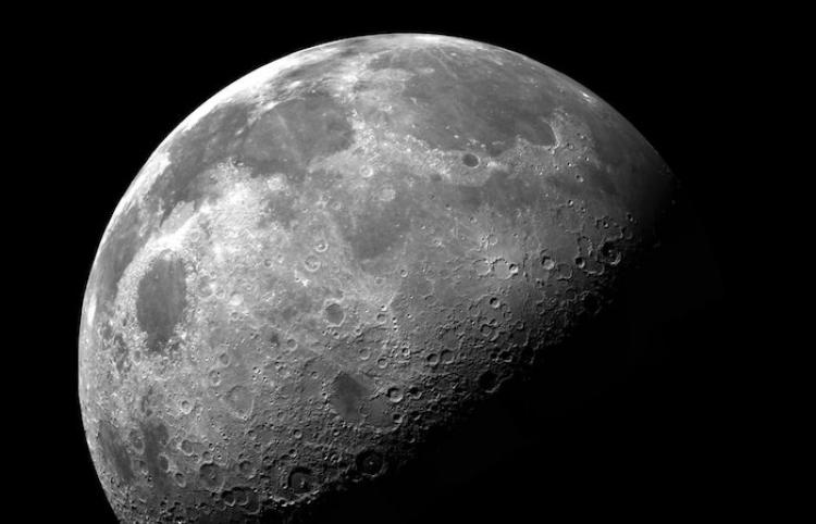 EEUU selecciona contratistas para desarrollar cohetes lunares nucleares