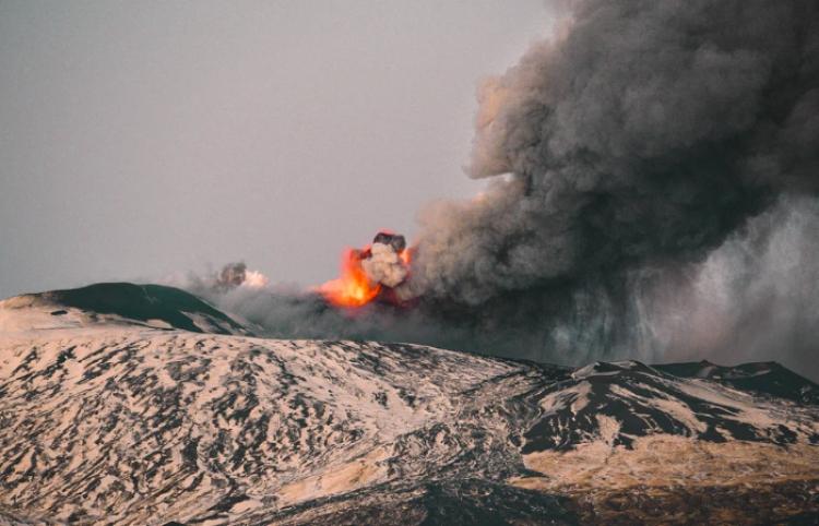 Erupción del Etna: ¿atracción turística o peligro mortal?