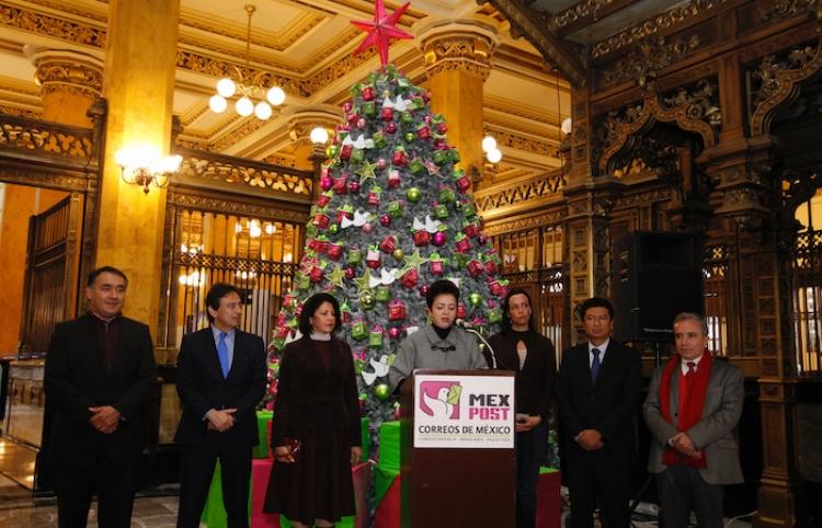 Abren Palacio de los Deseos para enviar cartas a Santa Claus y Reyes Magos