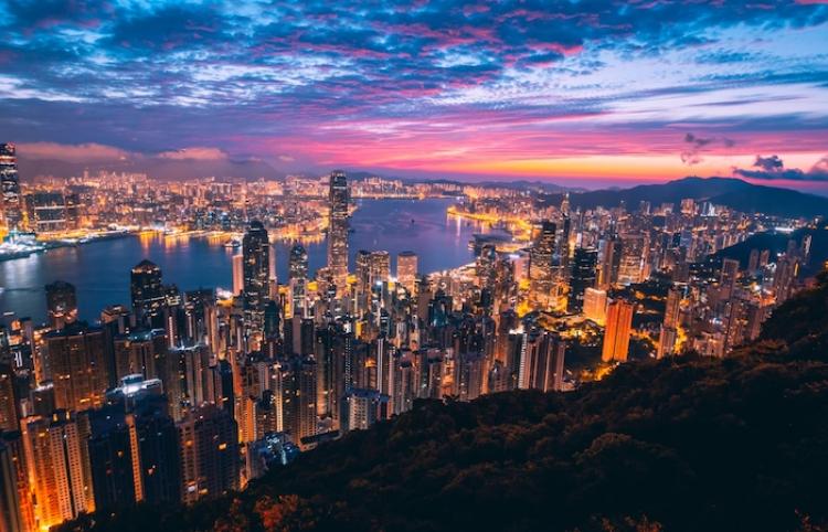 El PIB de Hong Kong creció casi en 8% en primer trimestre del año