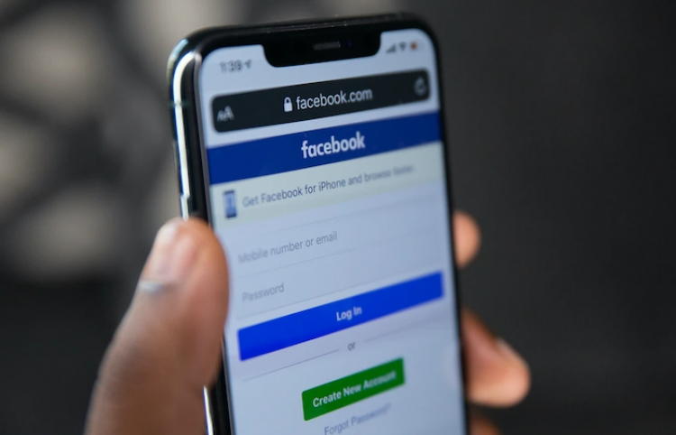 Grupo mediático Rossiya Segodnya repudia bloqueo de sus materiales por Facebook
