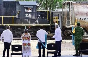 Hemos tocado fondo, sigue la reactivación económica con Tren Maya: AMLO
