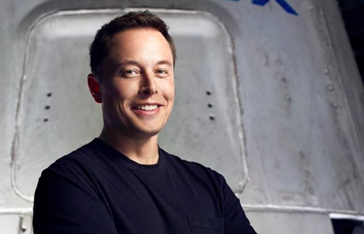 Musk se convierte en la persona más rica en la historia de Forbes