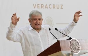 López Obrador insiste en perdón por la Conquista; pueblos originarios merecen una explicación