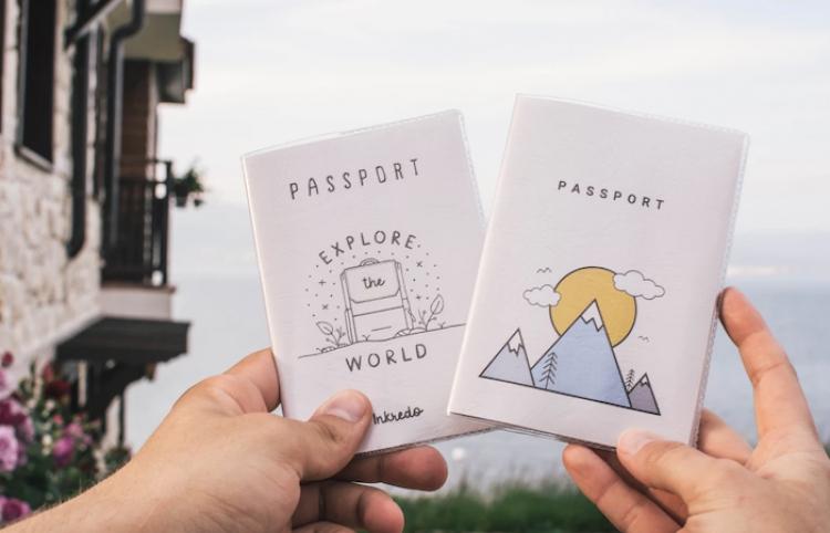 Canciller ruso cuestiona la idea del pasaporte sanitario europeo