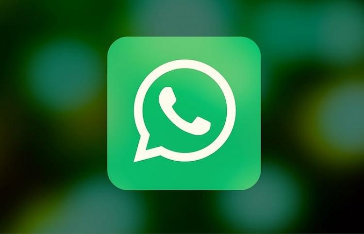 ¿Cómo evitar que WhatsApp nos llene la memoria del móvil?
