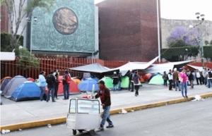 CNTE anuncia retiro de plantón y se declara en alerta máxima