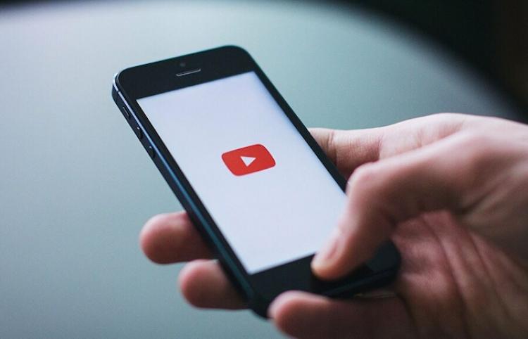 YouTube suspende el canal de Jair Bolsonaro por desinformar sobre la vacunación y el sida