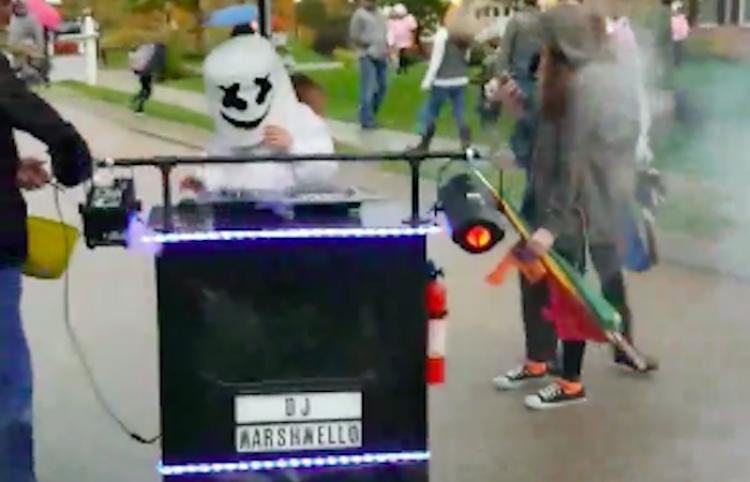 Este disfraz de Halloween sigue dandole vuelta al internet