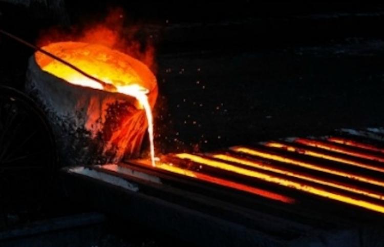 China eleva aranceles antidumping para tubos de acero de EUA y UE