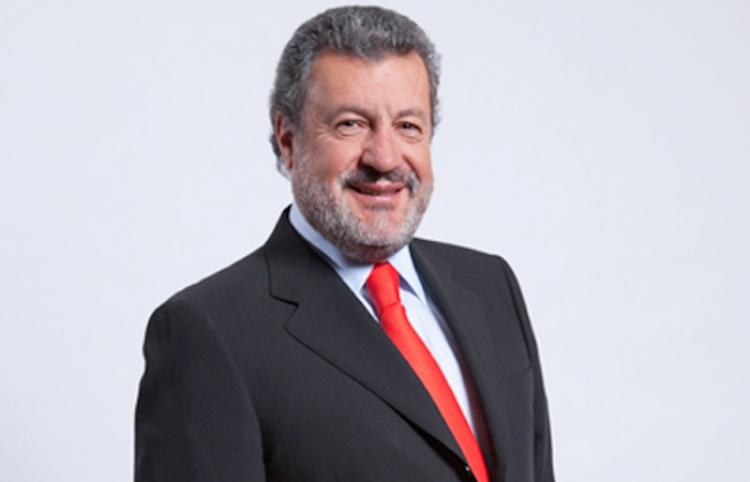 Establecer control de comisiones sería regresivo: Martínez Gavica