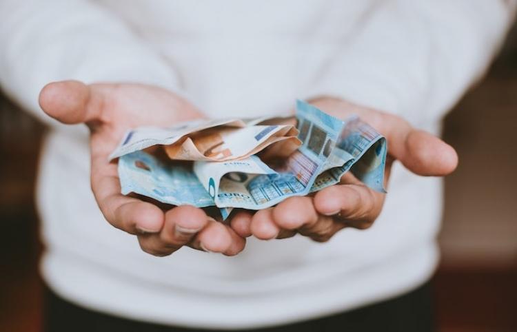 España destinará 3.500 millones de euros los fondos europeos a transformar los cuidados