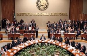 Solicitan 30 organizaciones su registro como partido político ante INE