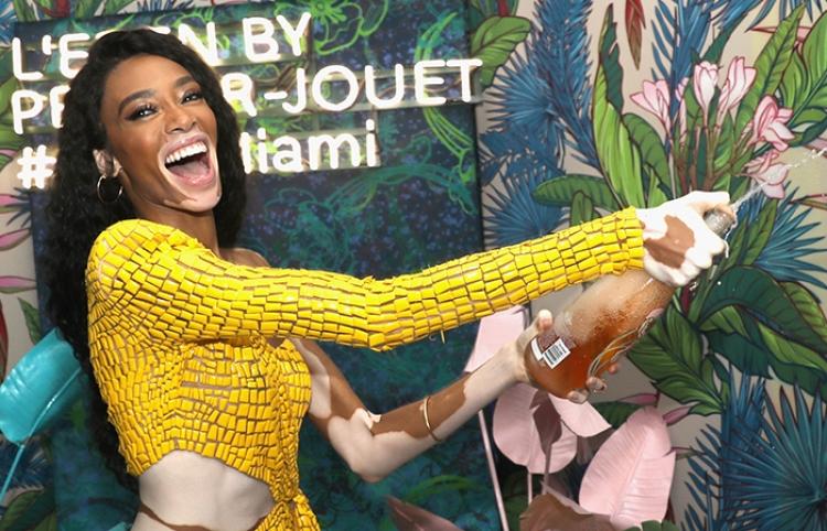 """Maison Perrier-Jouët presenta el universo """"Art of the Wild"""" en el Faena Hotel de Miami"""